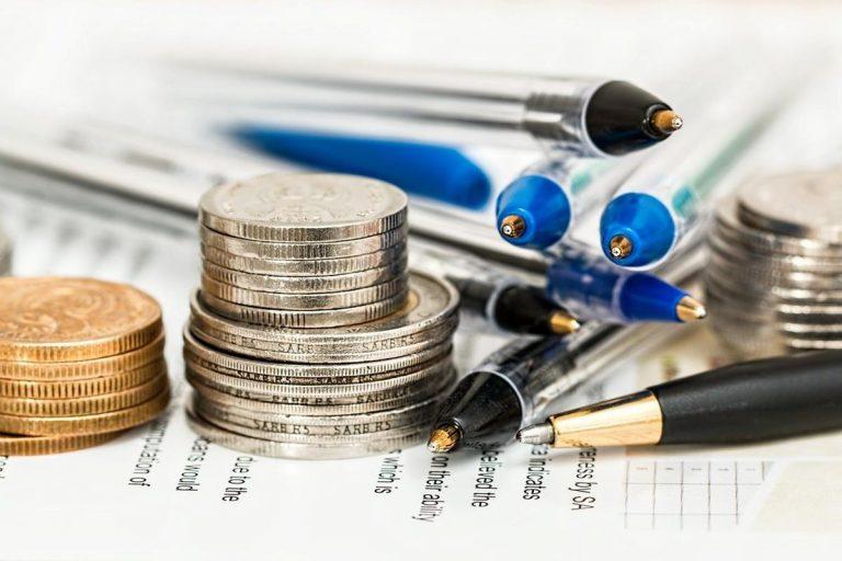 Ein Finanzberater kann bei Hypothekendarlehen helfen